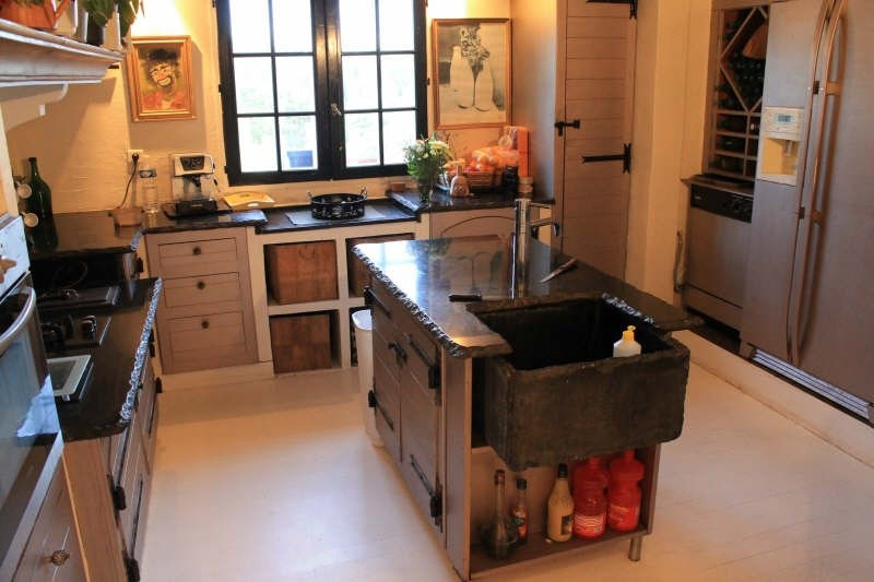 Sale house / villa Belgentier 548000€ - Picture 8