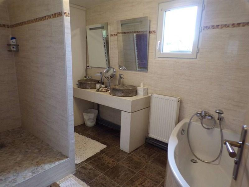 Location maison / villa Montigny le bretonneux 2450€ CC - Photo 9