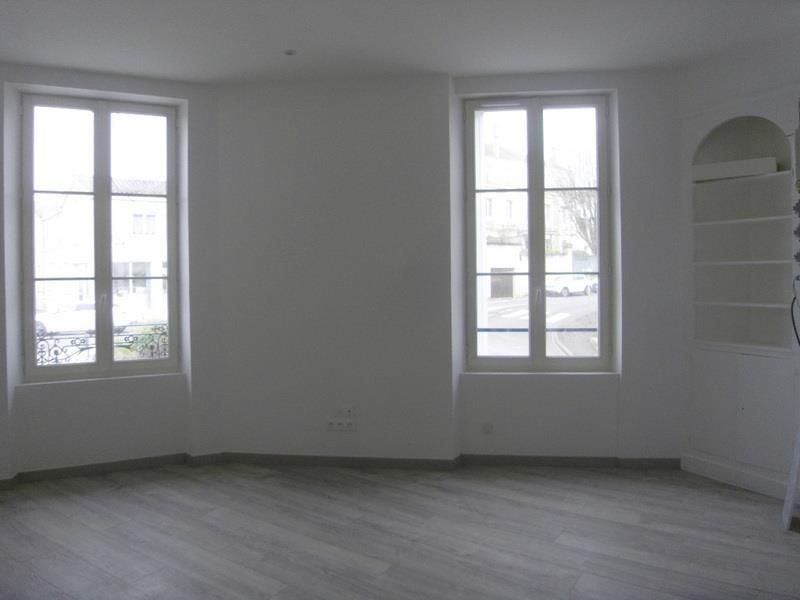 Rental apartment Cognac 515€ CC - Picture 2