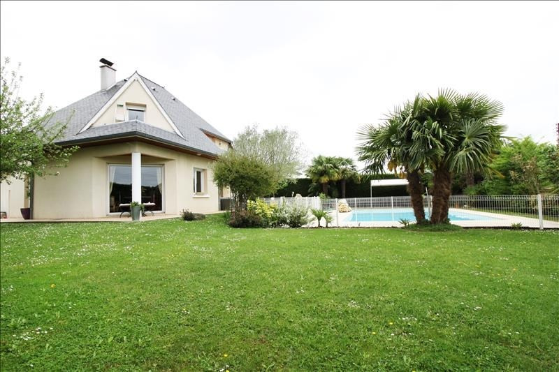 Sale house / villa Est de pau 422 000€ - Picture 1