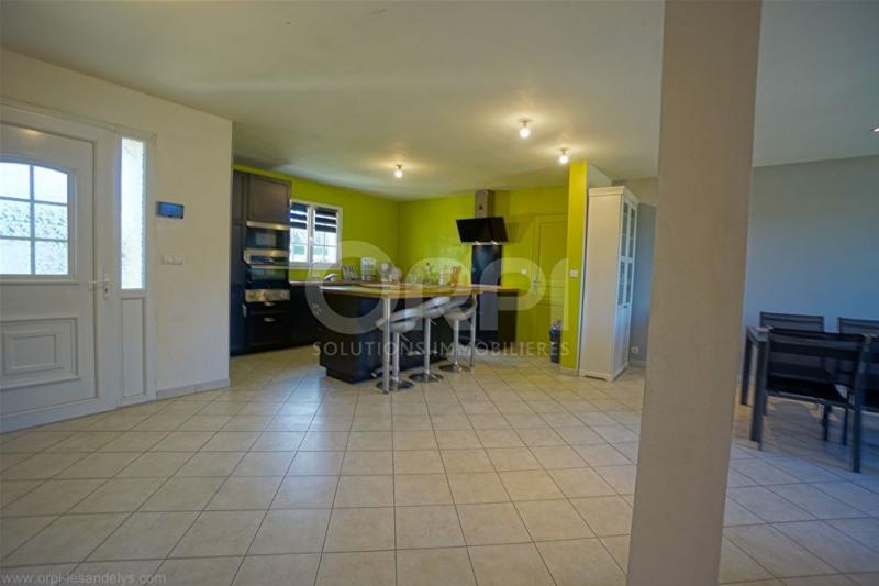 Sale house / villa Saint-clair-sur-epte 242000€ - Picture 5