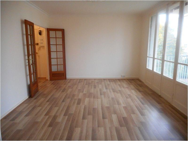 Rental apartment St michel sur orge 769€ CC - Picture 1