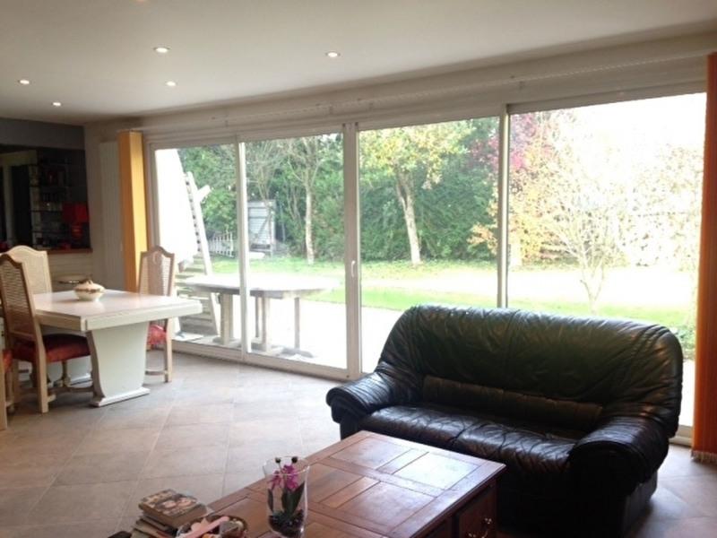 Sale house / villa Lesigny 402000€ - Picture 4