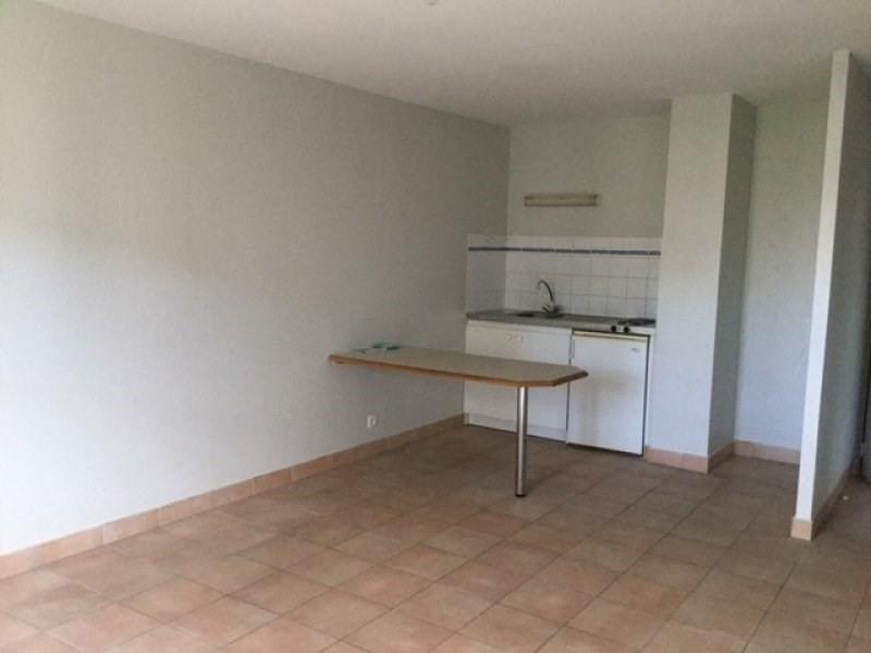Rental apartment Saint ave 420€ CC - Picture 1