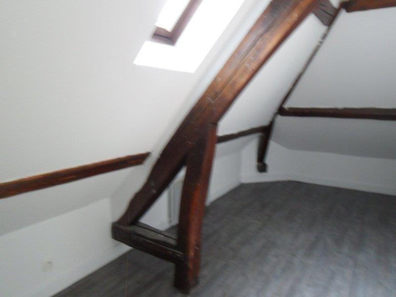 Rental apartment Saint andre les vergers 470€ CC - Picture 3