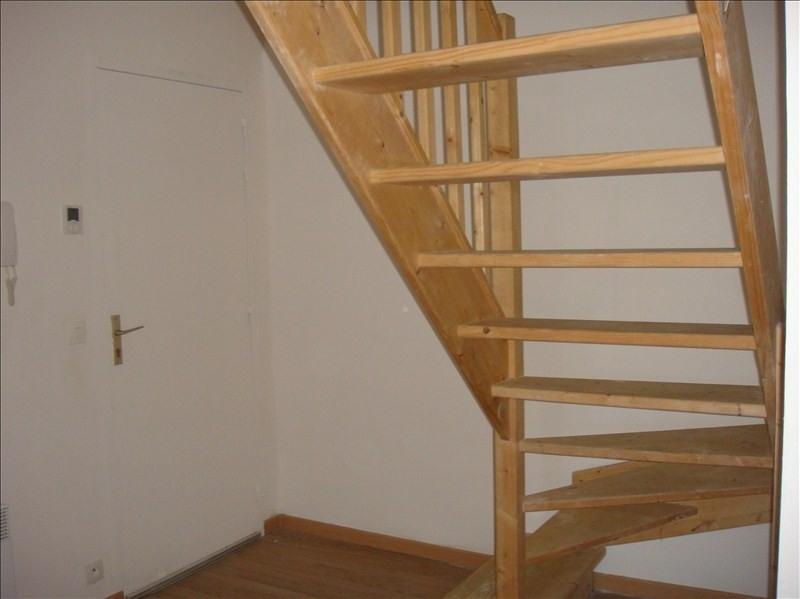 Location appartement Falaise 540€ CC - Photo 1