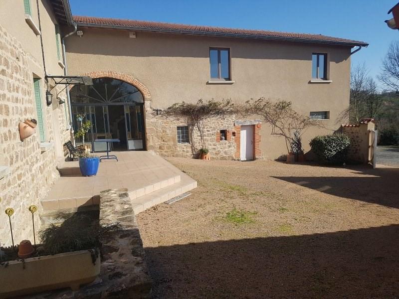 Sale house / villa St laurent de chamousset 475000€ - Picture 2