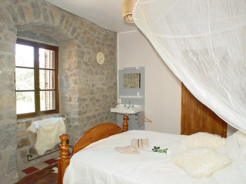 Sale house / villa St agreve 149000€ - Picture 11