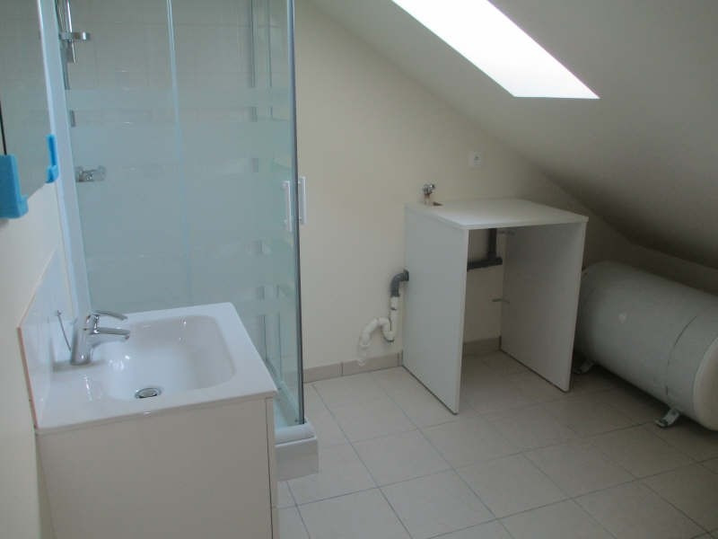 Rental apartment Neuilly en thelle 625€ CC - Picture 4