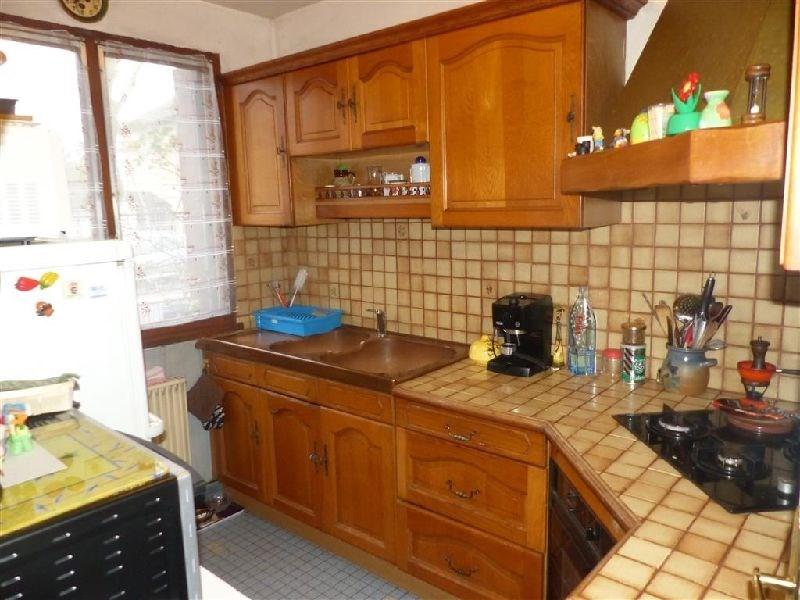 Sale house / villa Ste genevieve des bois 318000€ - Picture 2