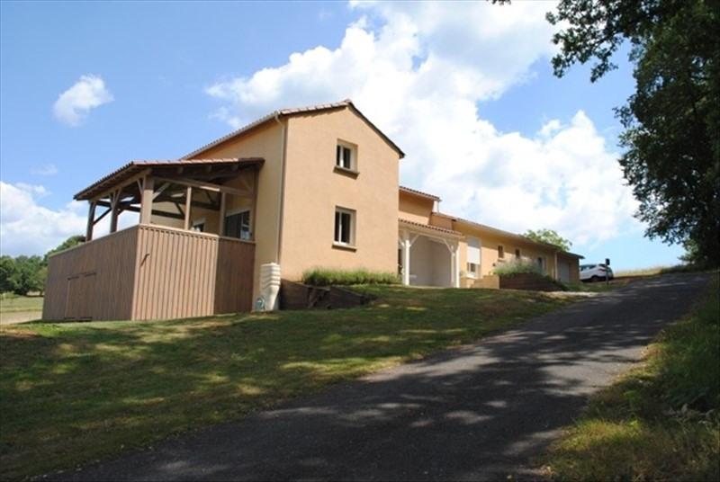 Sale house / villa Castels 299500€ - Picture 1