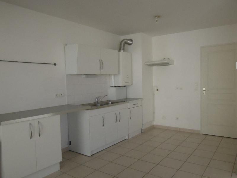 Rental apartment Bourgoin jallieu 700€ CC - Picture 3