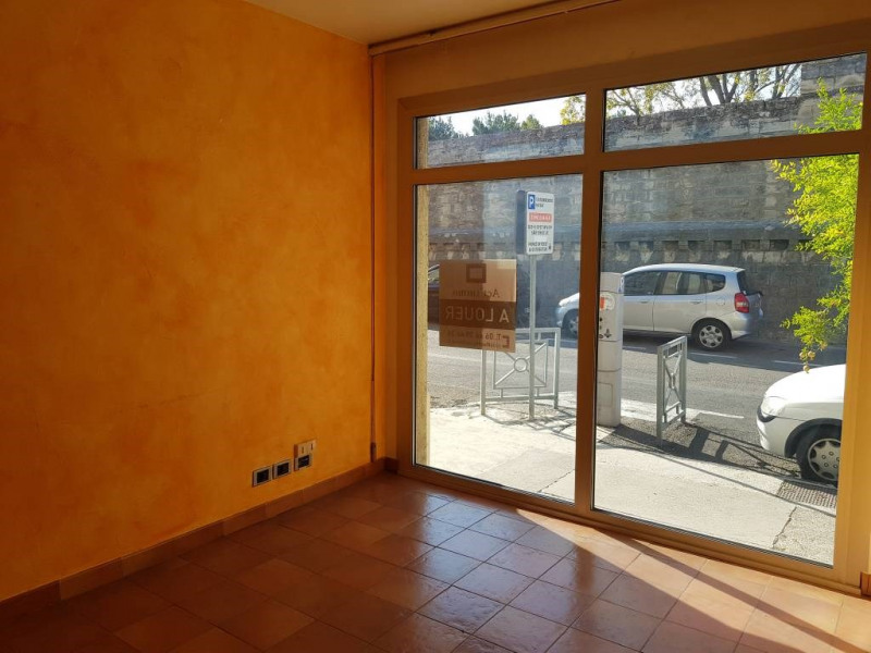 Rental empty room/storage Avignon 590€ CC - Picture 4