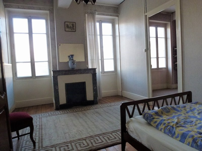 Sale house / villa Beaurepaire 149 000€ - Picture 2