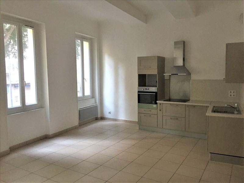 Rental apartment Marseille 1er 730€ CC - Picture 2