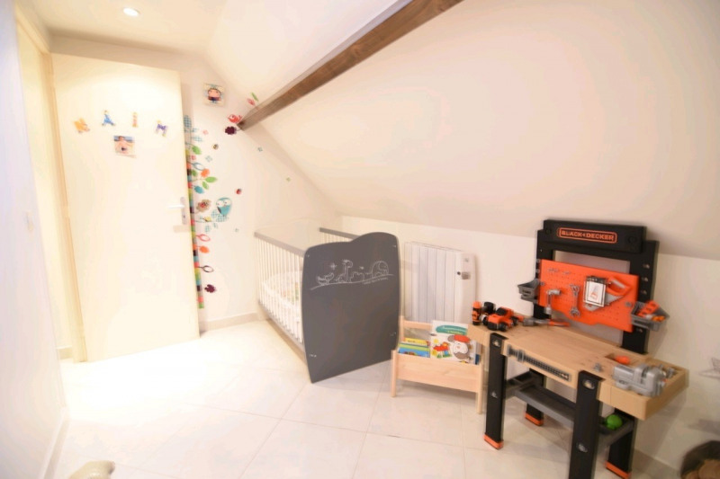 Sale apartment Chambly 173 000€ - Picture 6