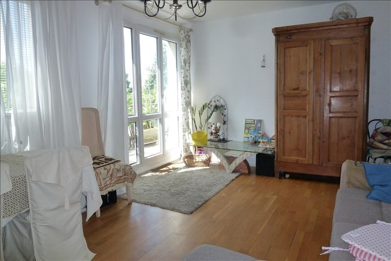 Vente appartement Plaisir 183 750€ - Photo 2