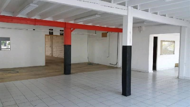 Location Local commercial Muret 0