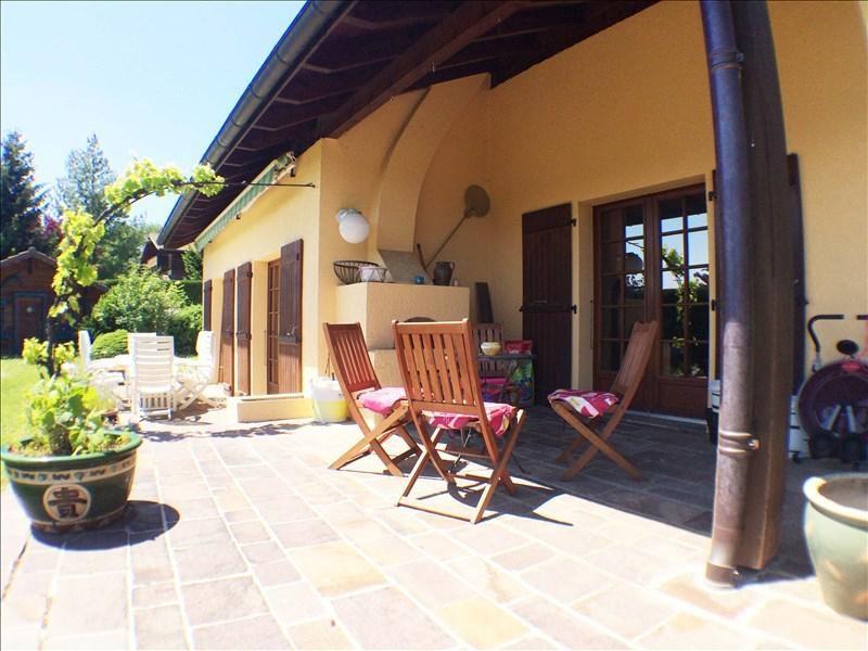 Deluxe sale house / villa Fillinges 585000€ - Picture 2