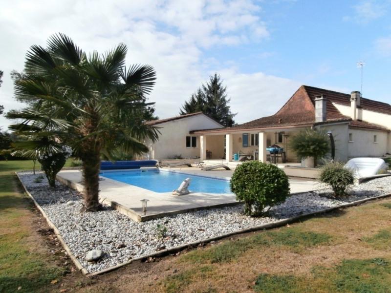 Vente maison / villa Saint pierre d'eyraud 359500€ - Photo 1