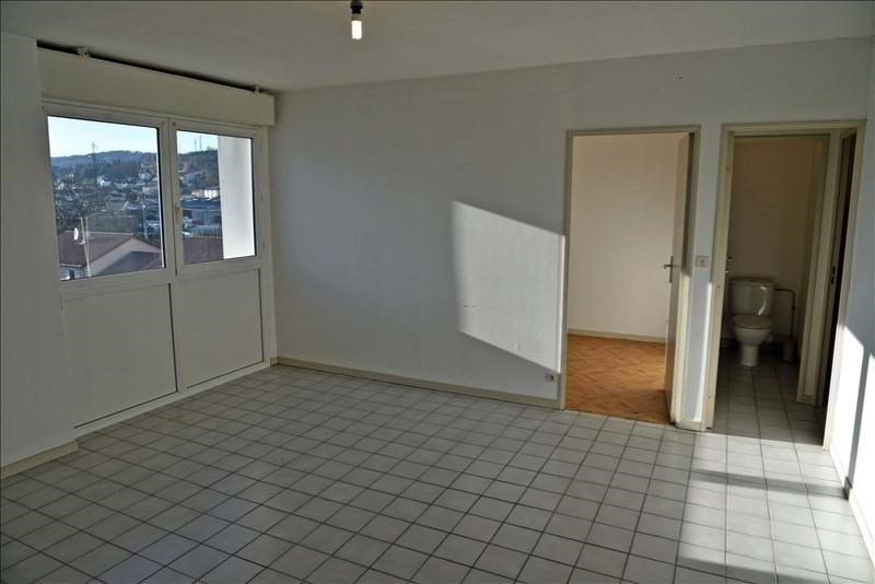 Rental apartment Oyonnax 346€ CC - Picture 2