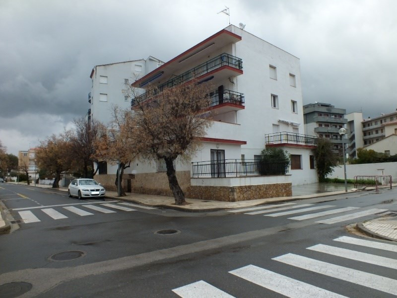 Location vacances appartement Roses santa-margarita 312€ - Photo 2