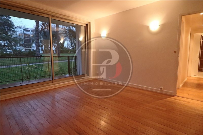 Rental apartment Marly le roi 985€ CC - Picture 2