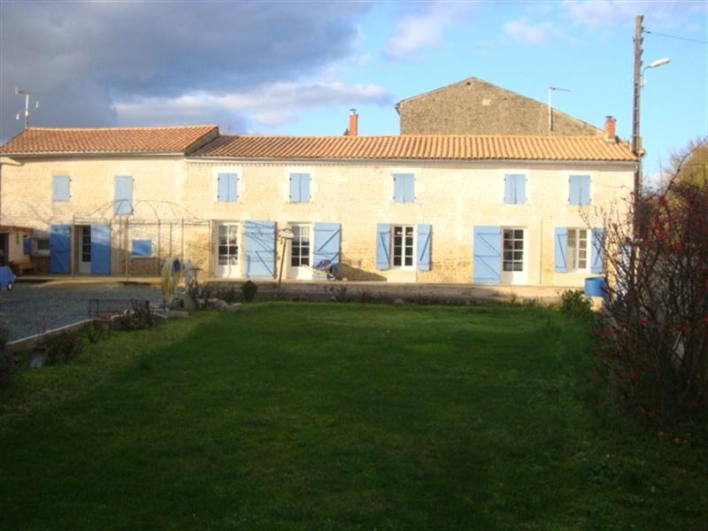 Sale house / villa Migré 233200€ - Picture 1
