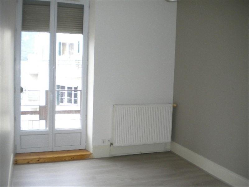 Location appartement Grenoble 596€ CC - Photo 1