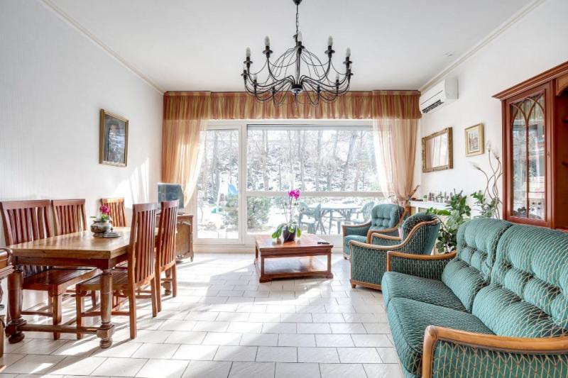 Sale apartment Courbevoie 894400€ - Picture 5