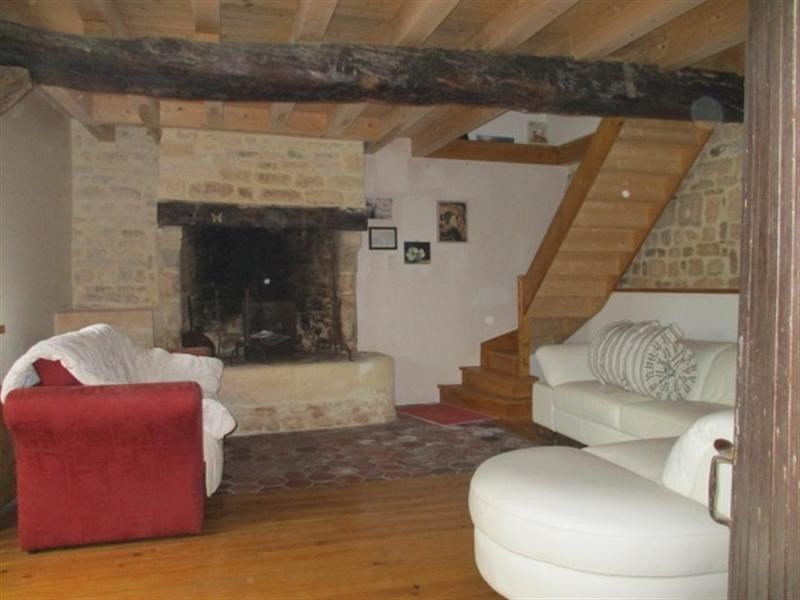 Sale house / villa St jean d angely 209000€ - Picture 5