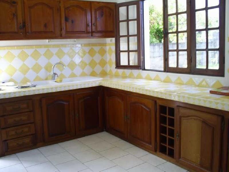 Rental apartment Ste rose 750€ CC - Picture 2