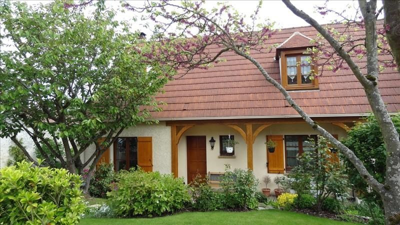 Revenda casa Jouy le moutier 399000€ - Fotografia 1