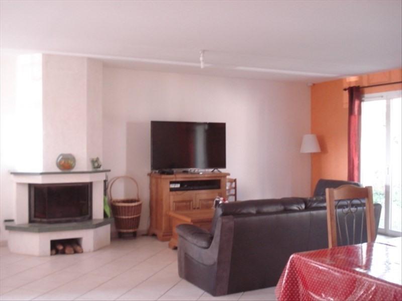 Sale house / villa Cussac fort medoc 249000€ - Picture 2