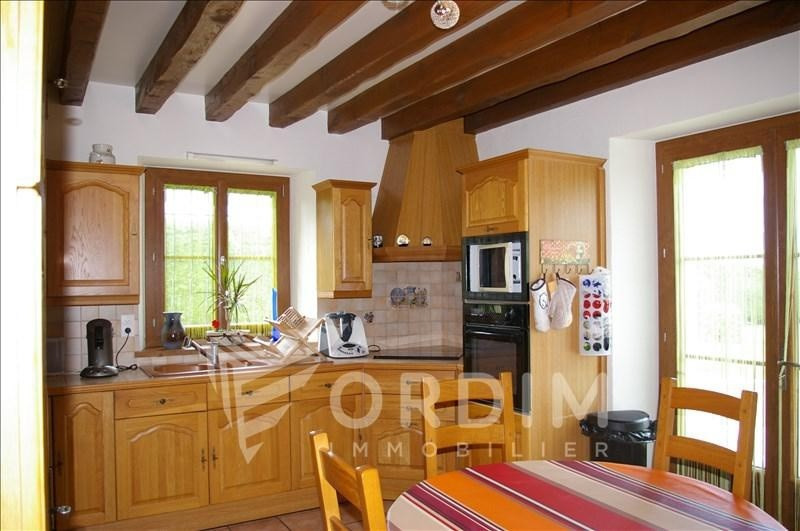 Sale house / villa St sauveur en puisaye 267500€ - Picture 3
