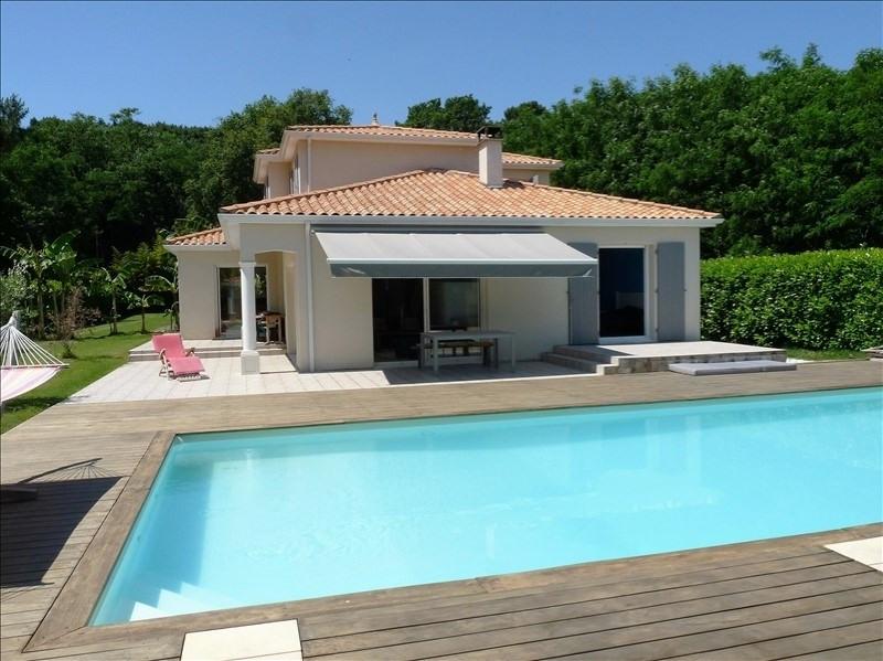 Deluxe sale house / villa St palais sur mer 658000€ - Picture 3
