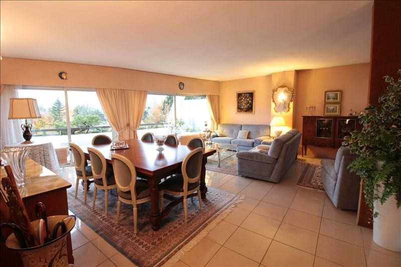 Deluxe sale apartment Annecy 1100000€ - Picture 2