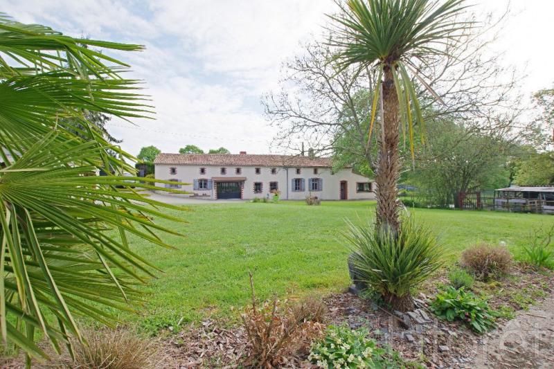 Sale house / villa Cholet 280000€ - Picture 1