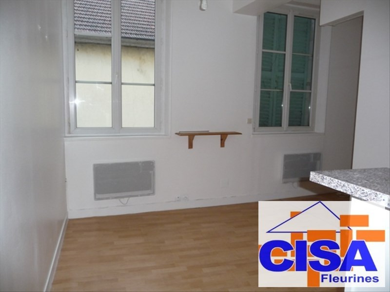 Rental apartment Pont ste maxence 450€ CC - Picture 1