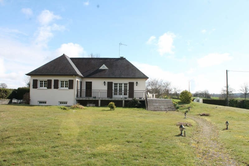 Vente maison / villa Champfremont 205000€ - Photo 1