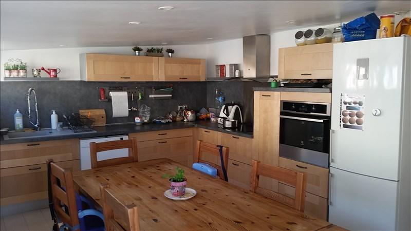 Sale apartment Auriol 199500€ - Picture 2