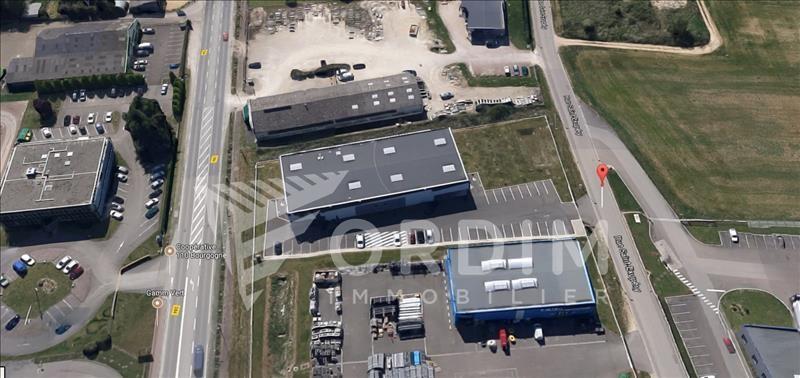 Location local commercial Moneteau 4200€ HC - Photo 8