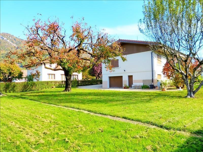 Sale house / villa Thyez 370000€ - Picture 2