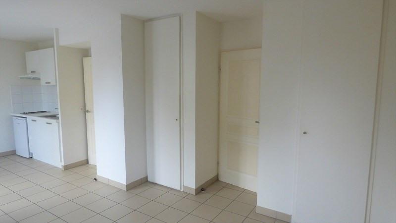 Location appartement Ville la grand 574€ CC - Photo 8
