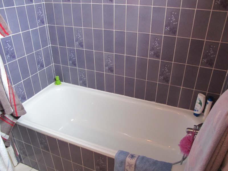 Sale house / villa St andre de cubzac 247000€ - Picture 10