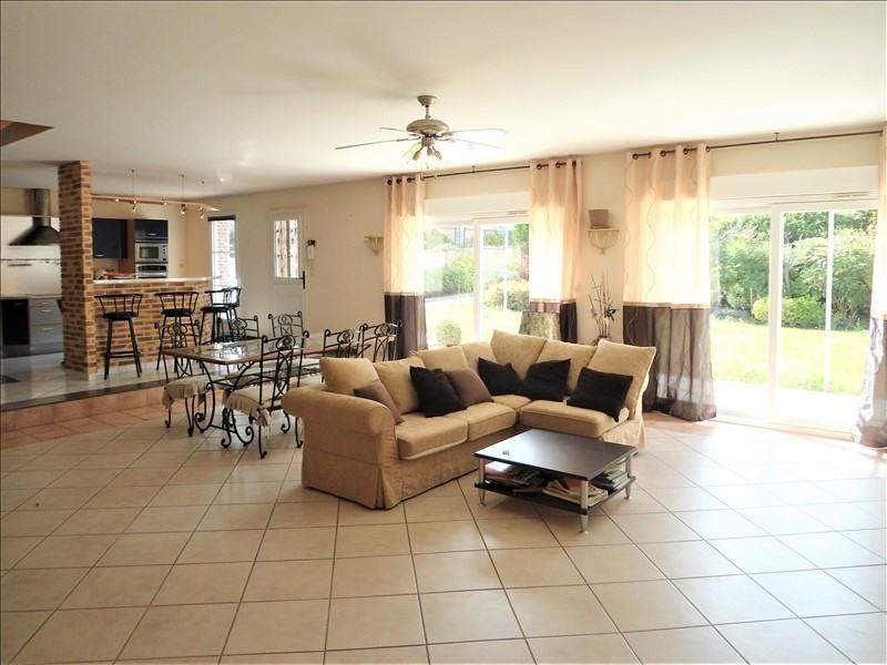 Vente maison / villa Barjouville 390350€ - Photo 1