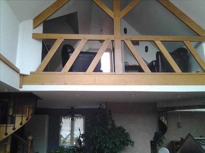 Sale house / villa Vineuil 399500€ - Picture 6