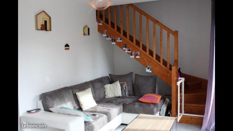 Location maison / villa Castres-gironde 900€ CC - Photo 2