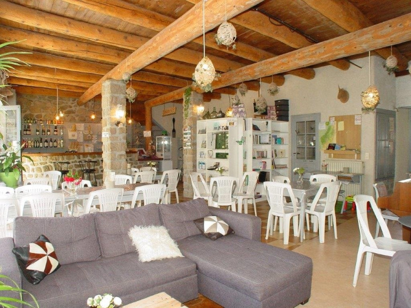 Vente local commercial St agreve 149000€ - Photo 2