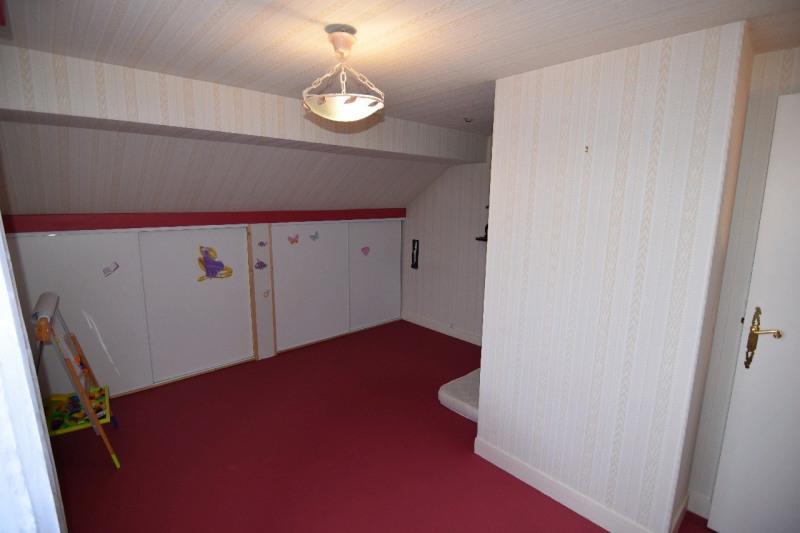 Sale house / villa Persan 332000€ - Picture 4